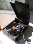 portable_78_rpm_record_player